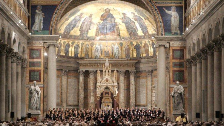 """Tydzień Modlitw o Jedność Chrześcijan jest owocem łaski Bożej, który wymaga, aby przyjąć go szczodrym i ochotnym sercem – powiedział Papież podczas nieszporów rozpoczynających to <a class=""""mh-excerpt-more"""" href=""""https://www.zyciezakonne.pl/wiadomosci/swiat/papiez-przyjmijmy-dar-jednosci-szczodrym-i-ochotnym-sercem-82385/"""" title=""""Papież: przyjmijmy dar jedności szczodrym i ochotnym sercem"""">[...]</a>"""