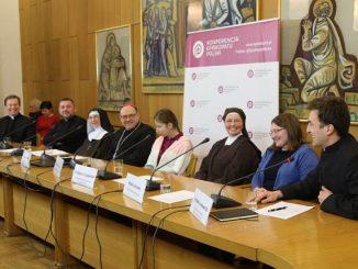 """W tym roku obchodzić będziemy 23. Światowy Dzień Życia Konsekrowanego ustanowiony przez papieża Jana Pawła II jako dzień wdzięczności za obecność osób konsekrowanych w Kościele <a class=""""mh-excerpt-more"""" href=""""https://www.zyciezakonne.pl/wiadomosci/kraj/bp-kicinski-2-lutego-to-dzien-wdziecznosci-za-obecnosc-osob-konsekrowanych-w-kosciele-i-w-swiecie-82706/"""" title=""""Bp Kiciński: 2 lutego to dzień wdzięczności za obecność osób konsekrowanych w Kościele i w świecie"""">[...]</a>"""
