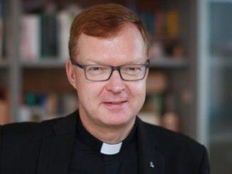 """Odpowiedzialny za przygotowanie lutowego spotkania przewodniczących konferencji episkopatów z całego świata w sprawie ochrony młodych przed nadużyciami uważa, że jego uczestnicy powinni opuścić Rzym z <a class=""""mh-excerpt-more"""" href=""""https://www.zyciezakonne.pl/wiadomosci/swiat/o-hans-zollner-ofiary-naduzyc-sa-w-sercu-samego-chrystusa-82740/"""" title=""""O. Hans Zollner: ofiary nadużyć są w sercu samego Chrystusa"""">[...]</a>"""