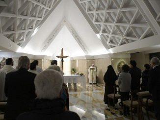 """Oby kapłani nie byli tylko urzędnikami, ale pasterzami pełnymi radości – modlił się Papież podczas Mszy w Domu św. Marty. Homilię poświęcił patronowi dnia, św. <a class=""""mh-excerpt-more"""" href=""""https://www.zyciezakonne.pl/wiadomosci/swiat/papiez-oby-kaplani-byli-radosni-jak-ks-bosko-82709/"""" title=""""Papież: oby kapłani byli radośni jak ks. Bosko"""">[...]</a>"""
