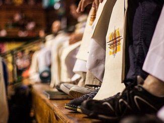 """Portugalscy jezuici wezwali wiernych do modlitwy za osoby, które padły ofiarą wykorzystywania seksualnego ze strony ludzi Kościoła. Zakon za pośrednictwem swoich popularnych wśród portugalskich katolików <a class=""""mh-excerpt-more"""" href=""""https://www.zyciezakonne.pl/wiadomosci/swiat/jezuici-z-portugalii-wzywaja-do-modlitwy-za-ofiary-wykorzystywania-seksualnego-w-kosciele-83712/"""" title=""""Jezuici z Portugalii wzywają do modlitwy za ofiary wykorzystywania seksualnego w Kościele"""">[...]</a>"""