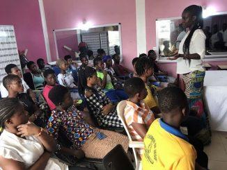 """Salezjański ośrodek ochrony nieletnich w Ashaiman, bardziej znany jako """"Don Bosco Child Protection Center Ashaiman"""", zaczął realizować nowy program, który jest adresowany do młodych <a class=""""mh-excerpt-more"""" href=""""https://www.zyciezakonne.pl/wiadomosci/swiat/ghana-salezjanie-angazuja-sie-na-rzecz-promocji-spolecznej-mlodych-kobiet-ofiar-handlu-ludzmi-84497/"""" title=""""Ghana. Salezjanie angażują się na rzecz promocji społecznej młodych kobiet – ofiar handlu ludźmi"""">[...]</a>"""