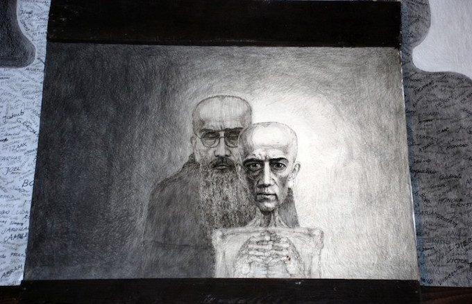 """28 maja 1941 r. św. Maksymilian Maria Kolbe został przewieziony z więzienia na Pawiaku do obozu koncentracyjnego w Auschwitz. Otrzymał numer obozowy 16 670. Niemal <a class=""""mh-excerpt-more"""" href=""""https://www.zyciezakonne.pl/wiadomosci/kraj/harmeze-klisze-pamieci-84685/"""" title=""""Harmęże: Klisze pamięci"""">[...]</a>"""