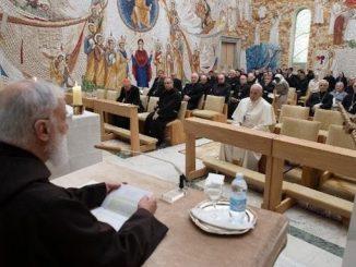 Życiu wewnętrznemu poświęcił kaznodzieja Domu Papieskiego drugą konferencję wielkopostną wygłoszoną w kaplicy Redemptoris Mater w Watykanie w obecności Papieża i pracowników Kurii Rzymskiej.