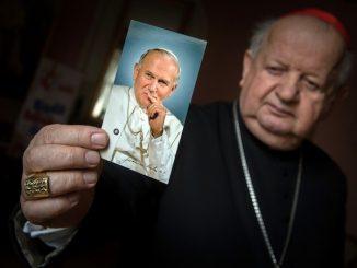 """Pojawiające się opinie, że Jan Paweł II był opieszały w kierowaniu odpowiedzią Kościoła na wykorzystywanie seksualne małoletnich przez niektórych duchownych, są krzywdzące i przeczą im <a class=""""mh-excerpt-more"""" href=""""https://www.zyciezakonne.pl/wiadomosci/kraj/kard-dziwisz-jan-pawel-ii-wydal-walke-przestepstwom-pedofilii-w-kosciele-84596/"""" title=""""Kard. Dziwisz: Jan Paweł II wydał walkę przestępstwom pedofilii w Kościele"""">[...]</a>"""
