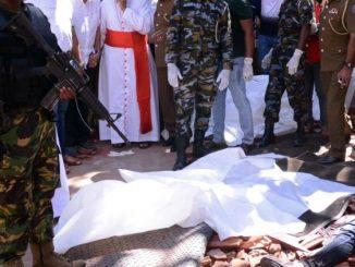 """Papież Franciszek ataki na Sri Lance nazwał okrutną przemocą. Zapewnił o solidarności ze wspólnotą chrześcijańską w tym kraju. Wezwał też do jednoznacznego potępienia zamachów. Nazwał <a class=""""mh-excerpt-more"""" href=""""https://www.zyciezakonne.pl/wiadomosci/swiat/nowy-apel-franciszka-modlitwa-i-solidarnosc-ze-sri-lanka-85535/"""" title=""""Nowy apel Franciszka: modlitwa i solidarność ze Sri Lanką"""">[...]</a>"""