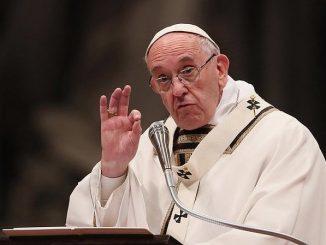 """Franciszek zachęcił byśmy zadali sobie pytanie: """"Dla jakiej chwały żyję? Dla mojej, czy Bożej? Czy chcę jedynie otrzymywać od innych, czy także dawać innym?"""". – <a class=""""mh-excerpt-more"""" href=""""https://www.zyciezakonne.pl/wiadomosci/swiat/papiez-o-pytaniu-ktore-kazdy-z-nas-powinien-zadac-sobie-przed-swietami-85463/"""" title=""""Papież o pytaniu, które każdy z nas powinien zadać sobie przed Świętami"""">[...]</a>"""