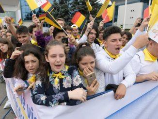 """Posługujący od ponad 20 lat w Rumunii polski jezuita o. Henryk Urban zwraca uwagę na dobre przygotowanie do papieskiej wizyty. Katolicy przygotowywali się duchowo, media <a class=""""mh-excerpt-more"""" href=""""https://www.zyciezakonne.pl/wiadomosci/swiat/o-urban-to-podroz-intensywna-papiez-bedzie-u-wszystkich-86583/"""" title=""""O. Urban: to podróż intensywna, Papież będzie u wszystkich"""">[...]</a>"""