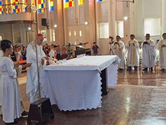 """We wspomnienie Matki Bożej z Góry Karmel odbyła się rekonsekracja katedry w Jolo na Filipinach. Dokonał jej abp Gabrielle Caccia – nuncjusz apostolski w tym <a class=""""mh-excerpt-more"""" href=""""https://www.zyciezakonne.pl/wiadomosci/swiat/filipiny-katedra-w-jolo-otwarta-po-bombowych-zamachach-ze-stycznia-2019-roku-87869/"""" title=""""Filipiny: Katedra w Jolo otwarta po bombowych zamachach ze stycznia 2019 roku"""">[...]</a>"""