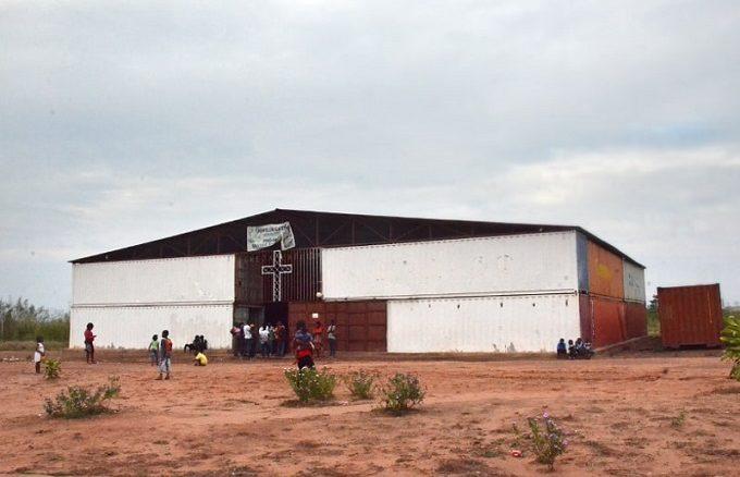"""Dundo to 300-tysięczne miasto nad rzeką Luachimo w północno-wschodniej prowincji Lunda Północna, w Angoli. Założone zostało na początku XX wieku dla społeczności zajmującej się wydobyciem <a class=""""mh-excerpt-more"""" href=""""https://www.zyciezakonne.pl/wiadomosci/swiat/z-cyklu-misje-na-weekend-matka-boska-od-kontenerow-87753/"""" title=""""Z cyklu """"Misje na weekend"""": Matka Boska od kontenerów"""">[...]</a>"""