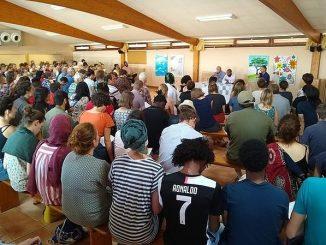 """Młodzi chrześcijanie i muzułmanie spotkali się w Taizé, aby wspólnie dyskutować nad dokumentem o powszechnym braterstwie, jaki w Abu Zabi Papież Franciszek podpisał wraz z <a class=""""mh-excerpt-more"""" href=""""https://www.zyciezakonne.pl/wiadomosci/swiat/w-taize-trwa-spotkanie-mlodych-chrzescijan-i-muzulmanow-88941/"""" title=""""W Taizé trwa spotkanie młodych chrześcijan i muzułmanów"""">[...]</a>"""