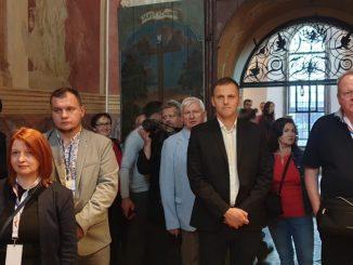 Na zaproszenie Ministerstwa Spraw Zagranicznych Rzeczypospolitej Polskiej, w regionie świętokrzyskim, w dniach 18-20 października 2019 roku, przebywała 40-osobowa grupa ambasadorów wraz z rodzinami.