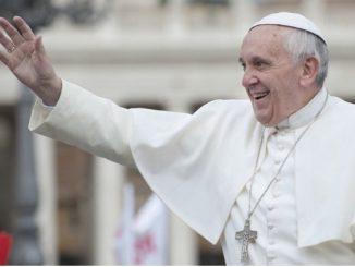 """Podczas zbliżającej się podróży do Tajlandii i Japonii papież Franciszek będzie miał dwoje wyjątkowych tłumaczy ze swojej ojczystej Argentyny. W Bangkoku będzie to jego kuzynka, <a class=""""mh-excerpt-more"""" href=""""https://www.zyciezakonne.pl/wiadomosci/swiat/wyjatkowi-tlumacze-91083/"""" title=""""Wyjątkowi tłumacze"""">[...]</a>"""