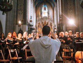 """W adwentową niedzielę 15 grudnia 2019 po raz pierwszy w Polsce wykonany zostanie utwór """"Ave Maris Stella"""" współczesnego francuskiego kompozytora Remi Gousseau. Wprogramie koncertu znajdą <a class=""""mh-excerpt-more"""" href=""""https://www.zyciezakonne.pl/wiadomosci/kraj/krakow-ave-maris-stella-adwentowy-koncert-z-dawidem-kuszem-op-91719/"""" title=""""Kraków: Ave Maris Stella – adwentowy koncert z Dawidem Kuszem OP"""">[...]</a>"""