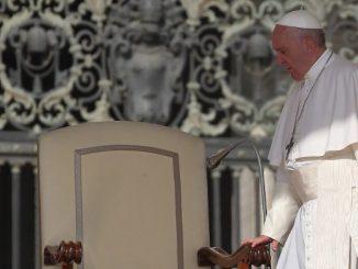 """Papież nie ustanowił Niedzieli Biblijnej, lecz Niedzielę Słowa Bożego. Nie chodzi tylko o czytanie Biblii, ale o wsłuchiwanie się w Boga mówiącego do nas poprzez <a class=""""mh-excerpt-more"""" href=""""https://www.zyciezakonne.pl/wiadomosci/kraj/jan-stefanow-svd-nie-chodzi-tylko-o-czytanie-biblii-ale-o-wsluchiwanie-sie-w-boga-92414/"""" title=""""Jan Stefanów SVD: nie chodzi tylko o czytanie Biblii, ale o wsłuchiwanie się w Boga"""">[...]</a>"""