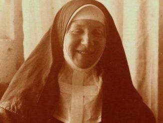 W związku ze staraniami o beatyfikację ciało założycielki dzieła dla niewidomych zostanie przeniesione z cmentarza w Laskach do kaplicy Zgromadzenie Sióstr Franciszkanek Służebnic Krzyża.