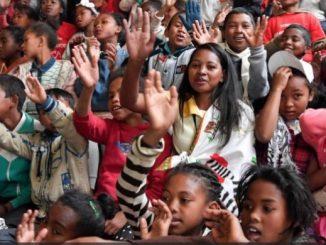 """Publikujemy w całości orędzie Ojca Świętego Franciszka na Światowy Dzień Misyjny zatytułowane """"Oto ja, poślij mnie!"""" (Iz 6,8)"""