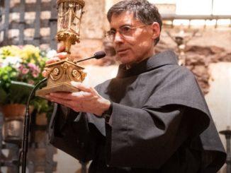 """Drodzy bracia, Niech Pan obdarzy was pokojem! Zwracam się do was w tych krótkich słowach w dniu, w którym nasz drogi fr. Marco Tasca, były <a class=""""mh-excerpt-more"""" href=""""https://www.zyciezakonne.pl/wiadomosci/swiat/franciszkanie-list-ministra-generalnego-z-okazji-swiecen-biskupich-fr-marco-tasca-96070/"""" title=""""Franciszkanie: List Ministra generalnego z okazji święceń biskupich Fr. Marco Tasca"""">[...]</a>"""