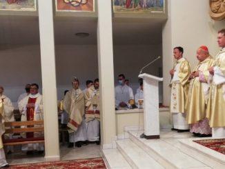 Powstanie i rozwój parafii w Skawie łączy się nierozdzielnie z przybyciem i obecnością duchowych synów św. Jana Bosko – salezjanów.